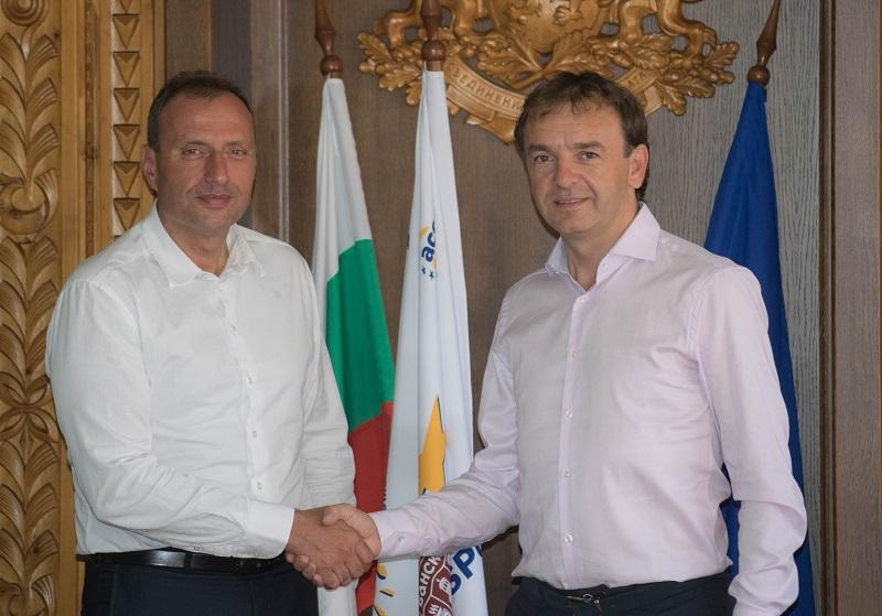 Несебър и Банско обединяват усилия за привличането на туристи