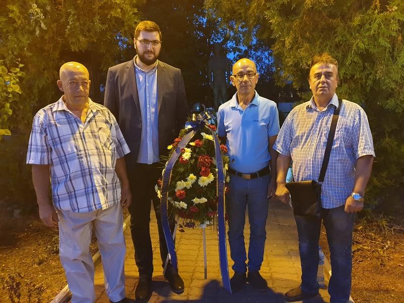 СДС - Бургас почете паметта на големия Никола Станчев