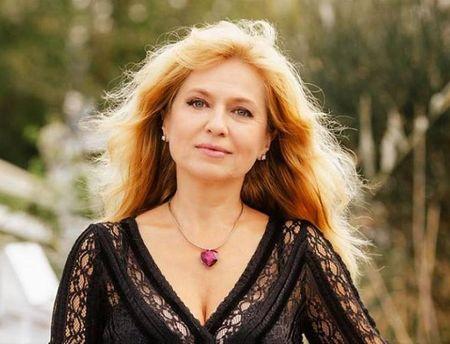 Мадлен Алгафари гостува с дихателна практика в Гранда на Бургас