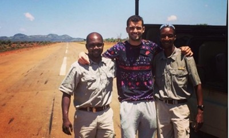 Рейнджъри спасяват Григор Димитров от два лъва на сафари