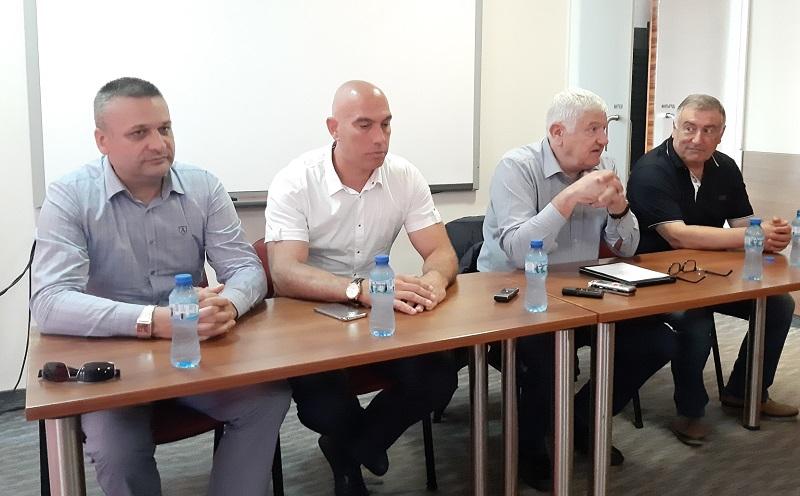 Депутатите от БСП – Бургас: При коронакризата се скъса цялата производствена верига