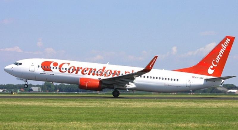 Първият самолет с туристи каца утре на летище Бургас в 11,10 ч.