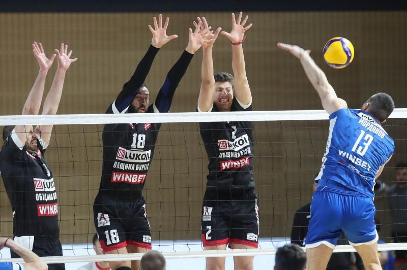 Силвано Пранди извика двама бургазлии в националния по волейбол