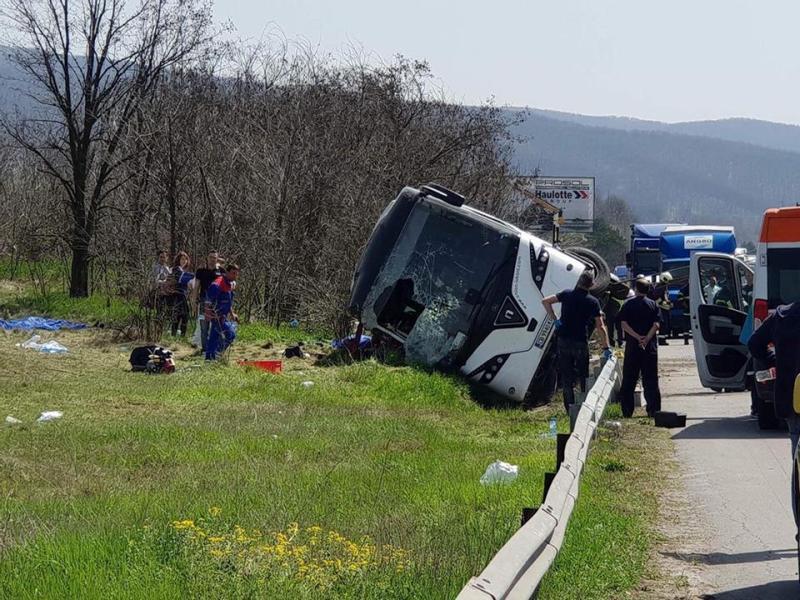 Майка на три деца от руенското село Вресово сред сериозно пострадалите в катастрофата