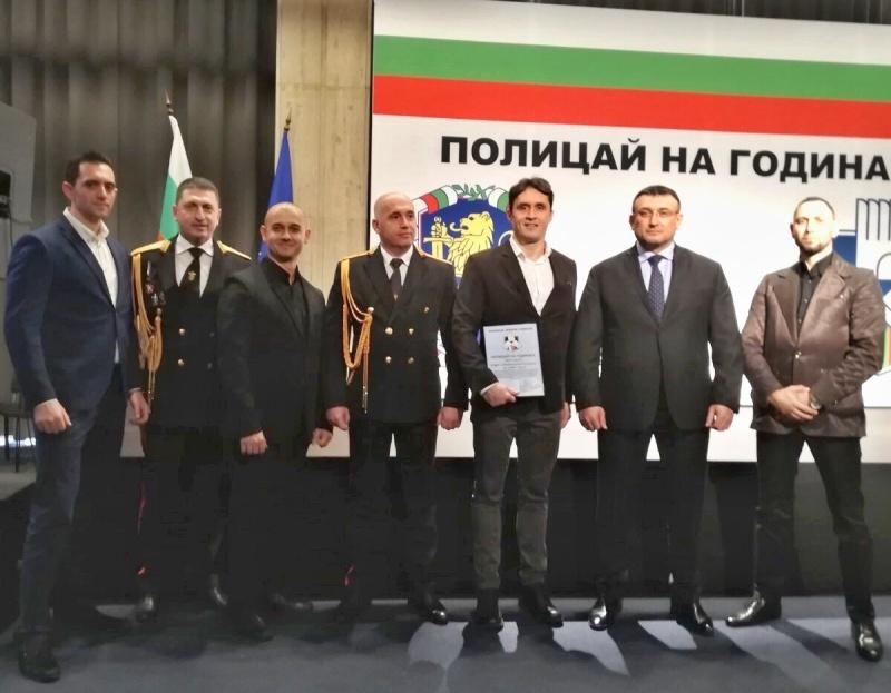 """Бургаските криминалисти получиха наградата """"Полицай на годината 2019"""""""