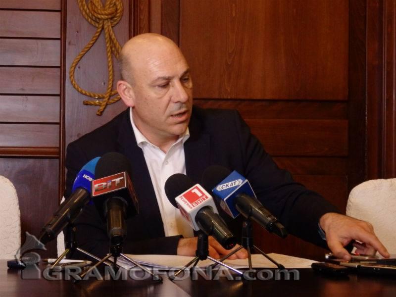 Иван Алексиев към бития Тончев: Стояне, кажи си!
