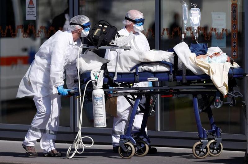 До 240 хил. жертви се очакват в САЩ от коронавируса