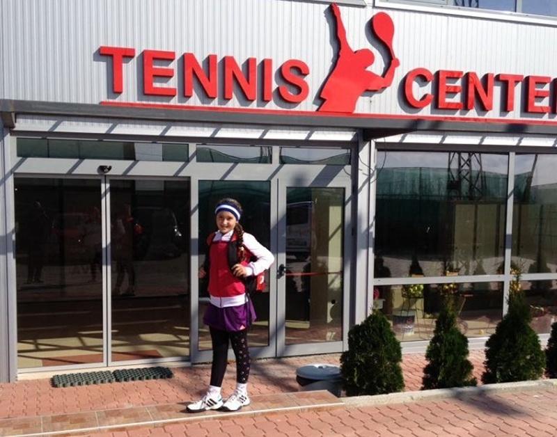 Бъдеща звезда на руския тенис тренира в Бургас