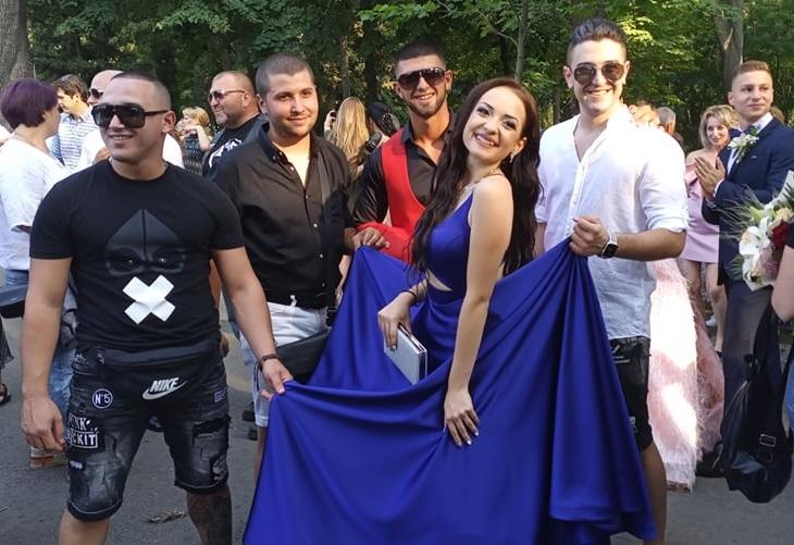 Красивите абитуриенти на Руската закриха баловете в Бургас