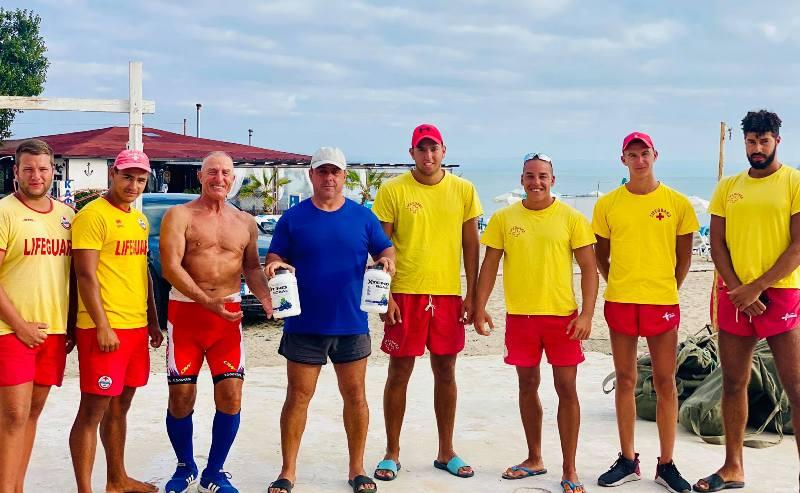 Спасители на плажа в Крайморие ще има и през октомври