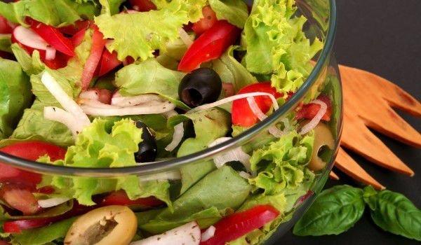 Избягвайте тежките и мазни храни през лятото