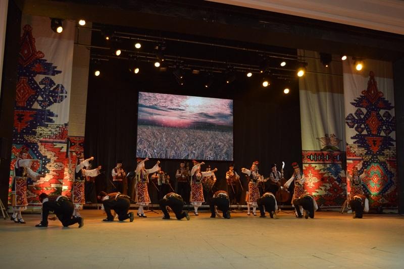 Бургас отново става сцена на народни танци и музика от цял свят