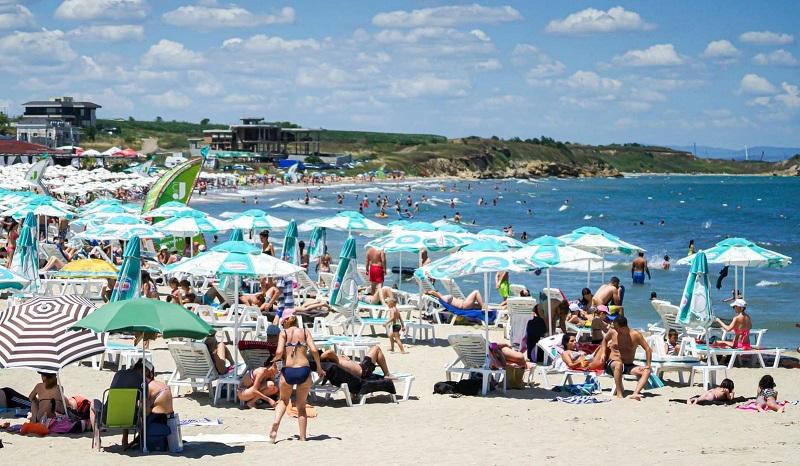 Стопани на плажове готвят серия от предложения, ако и Лято 2021 мине под знака на ковид