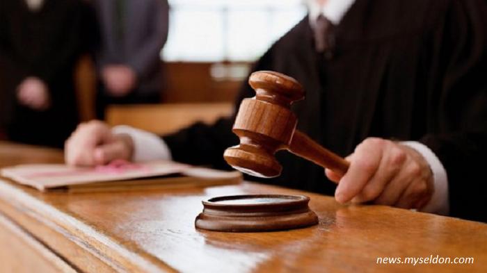 Бургаският съд задържа под стража грабител по Skype