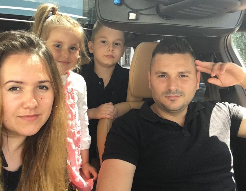 Близки от Айтос и Руен погребаха 33-годишния Нури и децата му