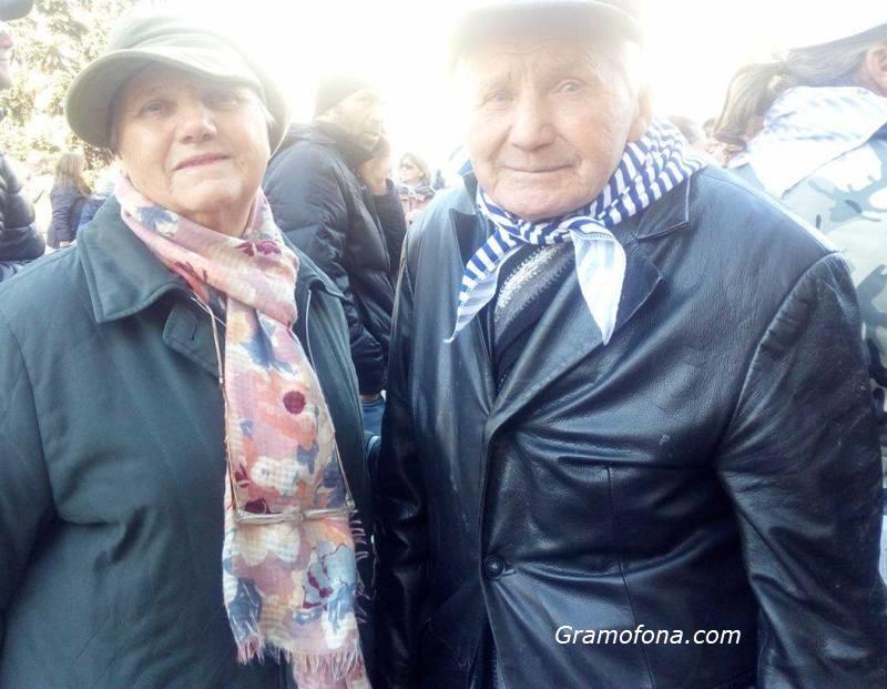 Бургас се разделя със 102-годишния Никола Мечев