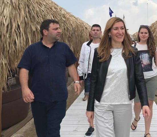 Министърът на туризма: На Какао бийч всичко е законно