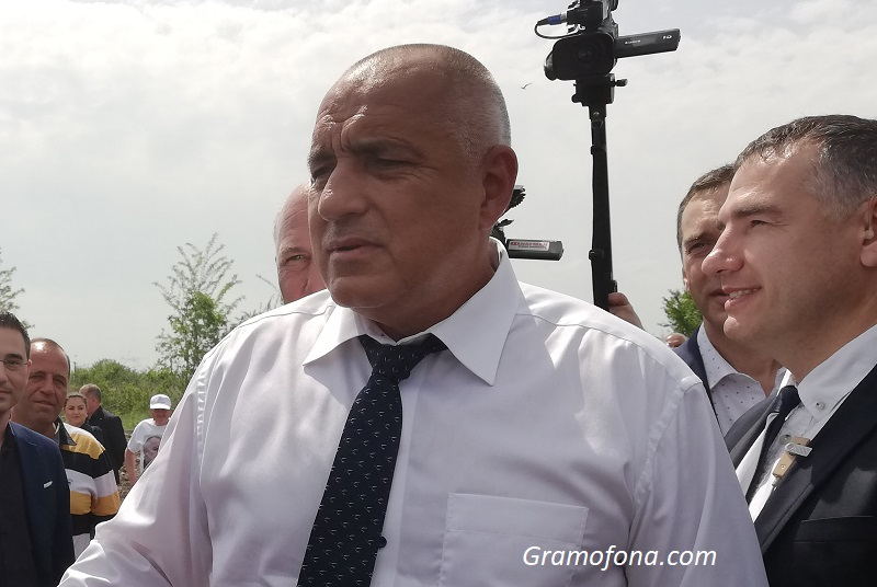 Премиерът: Приемането на еврото е за доброто на бизнеса и българите