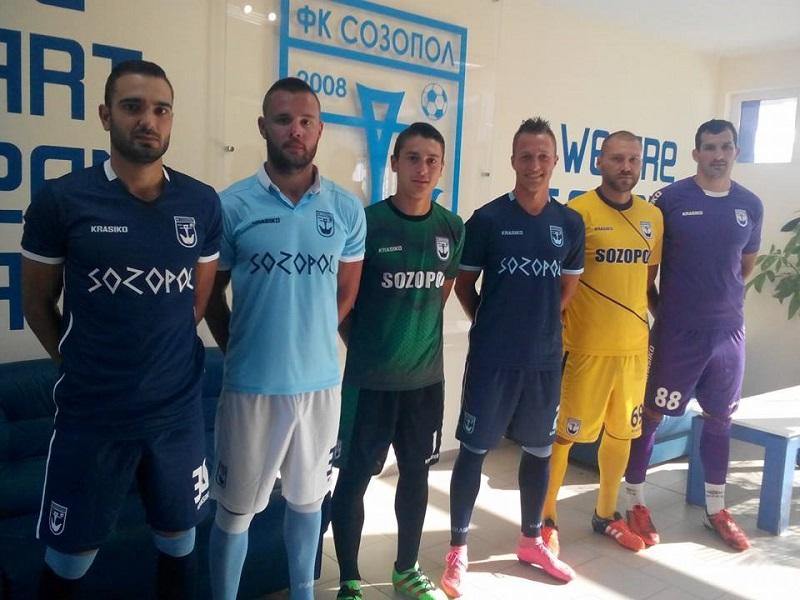 Созопол подписа с трима и представи новите екипи