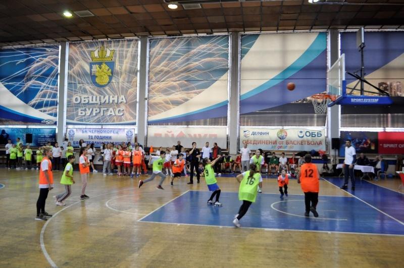 Бургас отбелязва Никулден с рекордните седем спортни прояви
