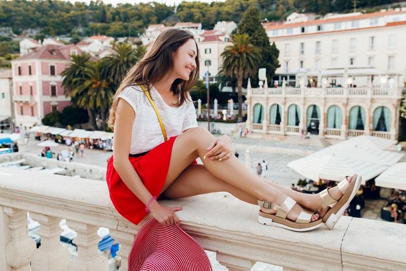 Дамските сандали, които са перфектните обувки за пролетта и лятото за всеки един от нас
