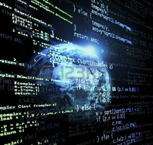 Данъчни иззеха компютърна информация на търговски обекти