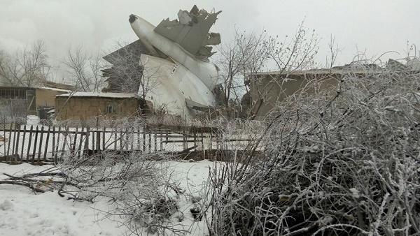 Трагедия в Киргизстан: Товарен самолет се разби в жилищен район