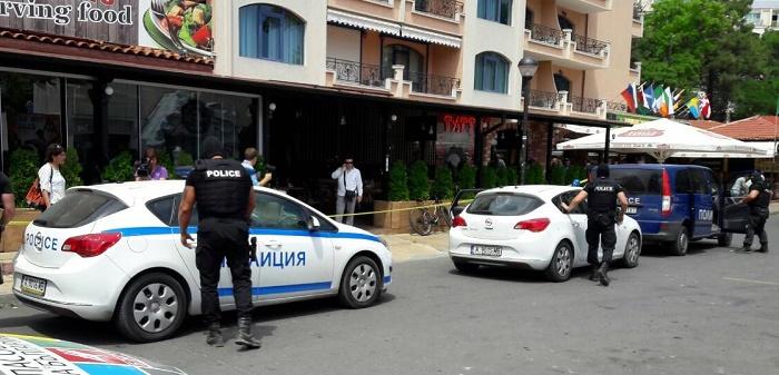 Акция в Слънчев бряг: Събарят заведението, в което простреляха Митьо Очите