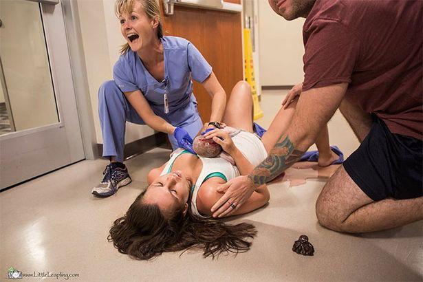 Екстремно бебе: Жена роди в коридора на болница, не успя да стигне до родилната зала