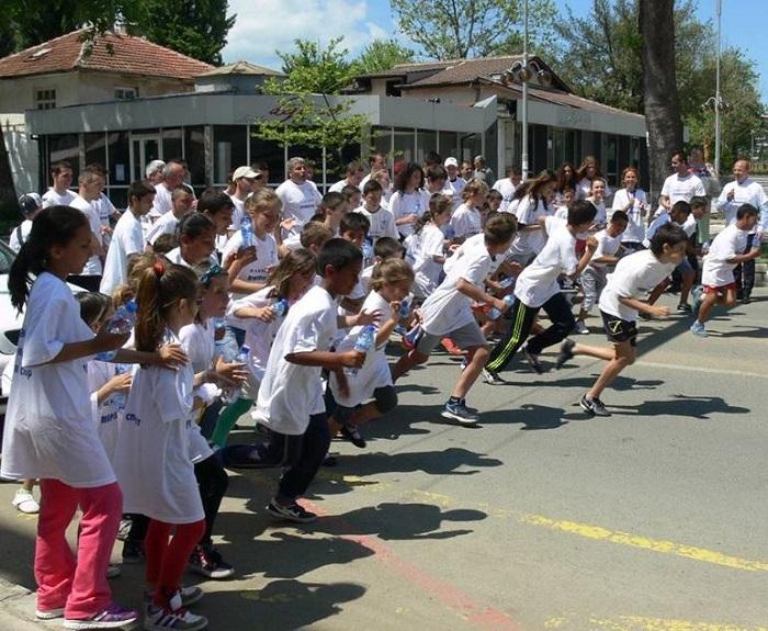 С крос Приморско отбелязва Деня на спорта