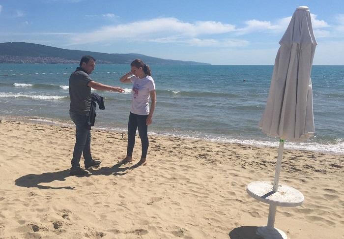Ангелкова се разходи по плажовете на Слънчев бряг