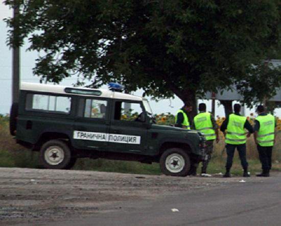 Австрия ни предупреждава за бежански натиск