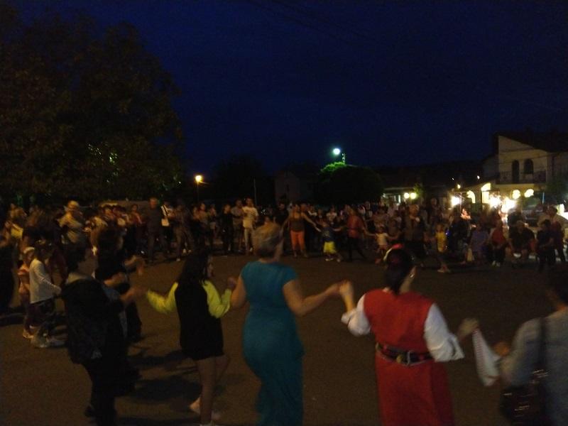 Голямо хоро се изви в Димчево, местните празнуваха както никога досега