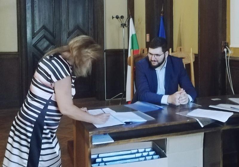 СДС-Бургас се регистрира за местния вот
