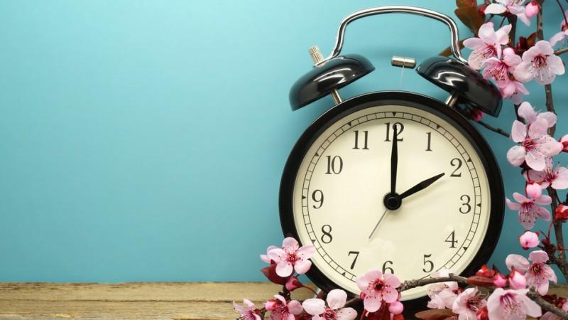 Местим часовниците с час напред