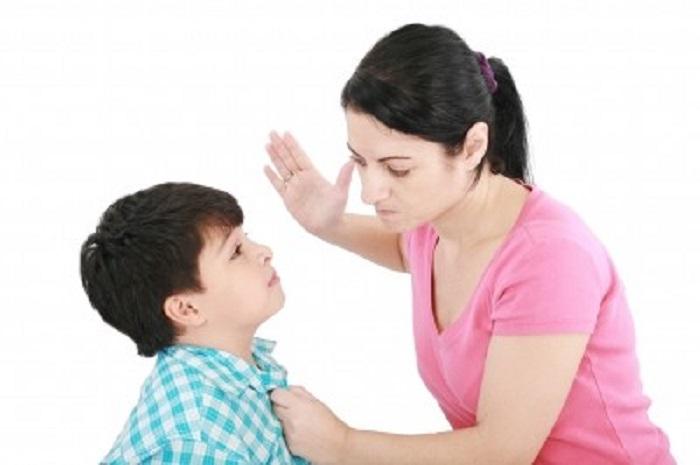 Въвеждат изрична забрана за шамарите на деца