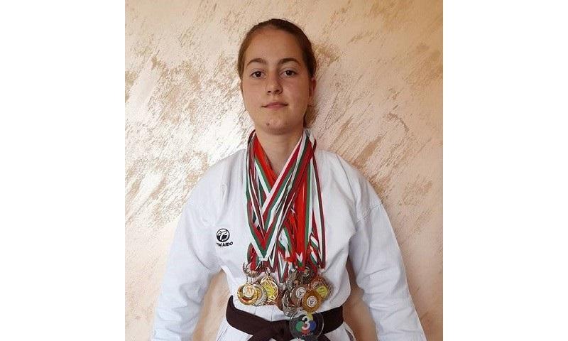 Надежда Атанасова – новата карате шампионка на Бургас