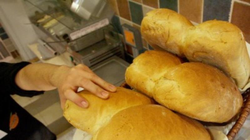 Безплатен хляб за всички самотни пенсионери от община Руен