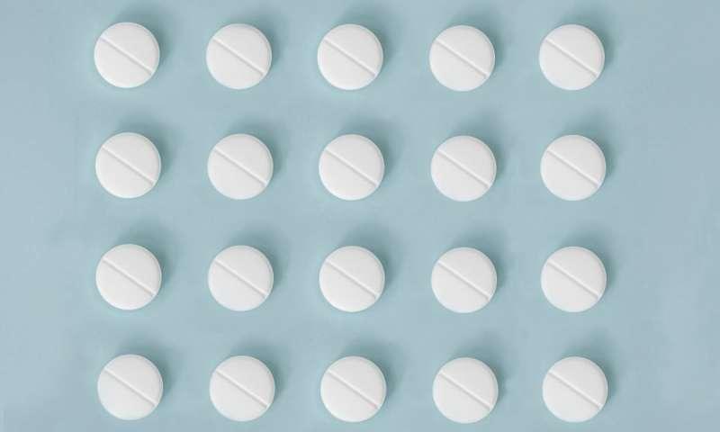 Учени: Милиони трябва да спрат аспирина като превенция срещу инфаркт