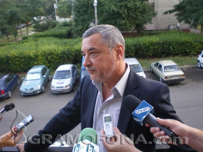 Валери Симеонов реши да е софийски депутат, в Бургас го заменя добрички бизнесмен