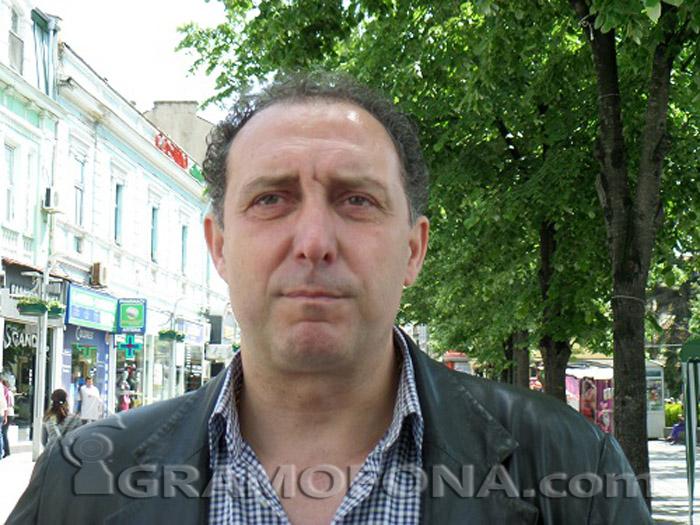 Депутатът Иван Вълков приема в Айтос