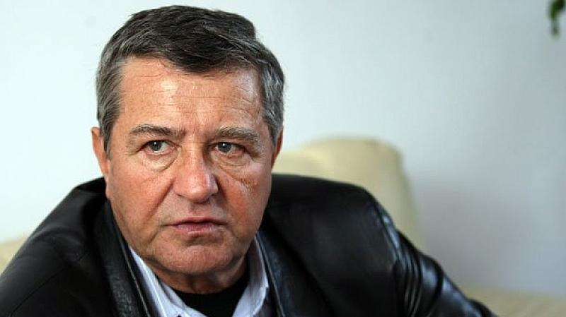 """Проф. Боян Биолчев представя в Бургас книгата си """"Преселението"""""""