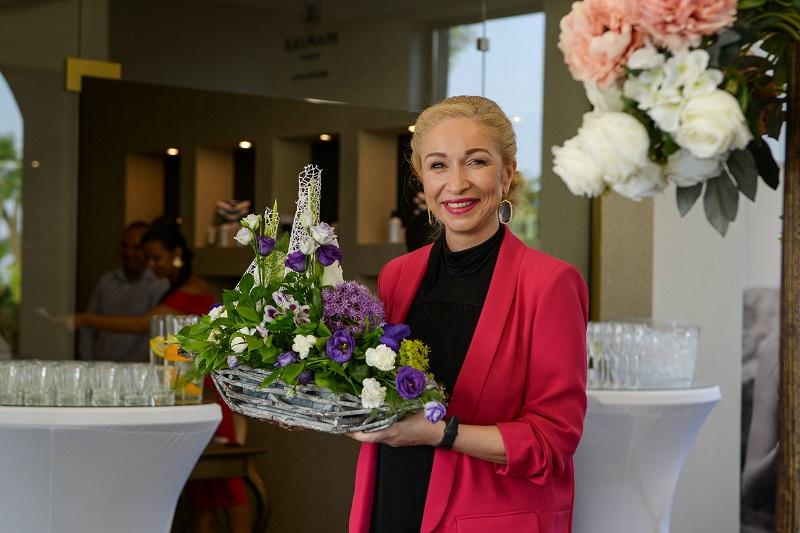 С изискан коктейл д-р Светла Шопова откри официално царството на красотата - SENSE Bauty Salon