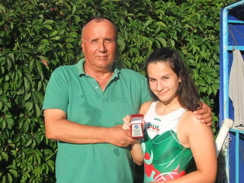 15-годишна ватерполистка на Черноморец с приз за голмайстор