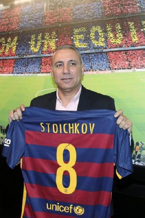 Разследват Стоичков, той отлетя за Маями