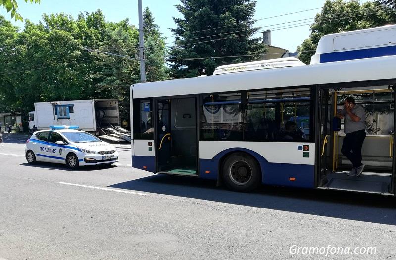 Пътничка на Бургасбус пострада след рязко набити спирачки