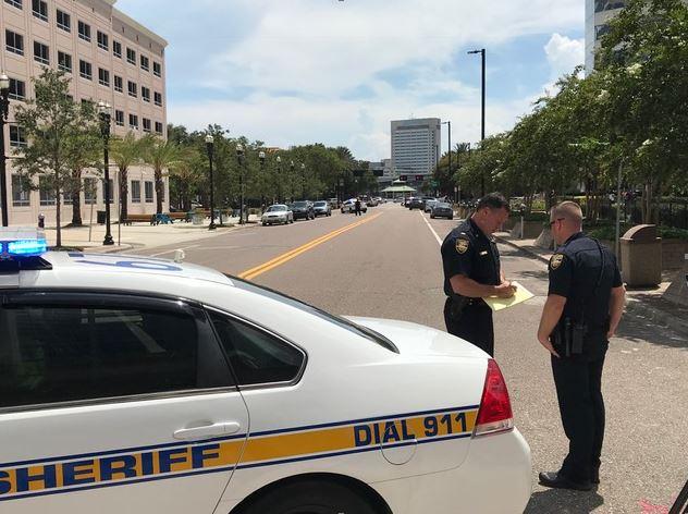 Четирима убити и 10 ранени при масова стрелба във Флорида