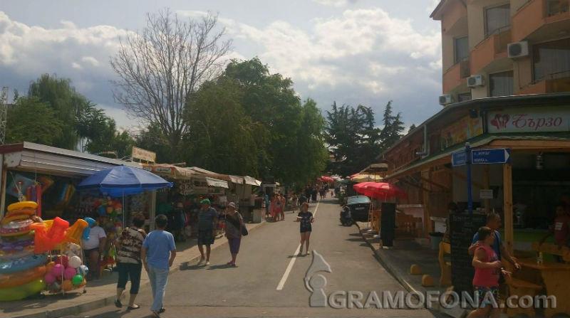 Хотелиери и ресторантьори от Черноморец: Не помним толкова силен сезон, откакто имаме обекти