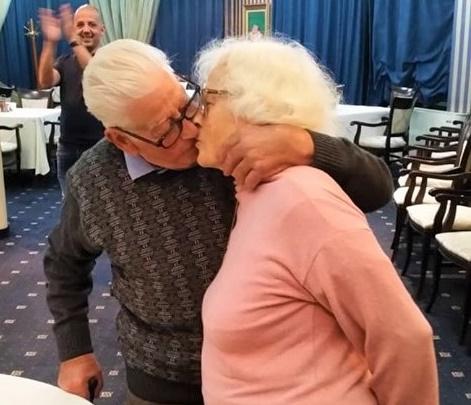 След 60 години заедно: Иванка и Живко отново се врекоха един на друг