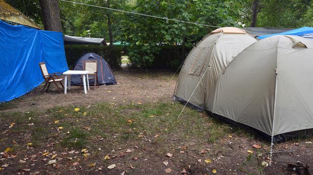 Палатките остават, премиерът ще отмени забраната за къмпингуването